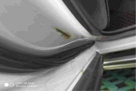 车门腐烂生锈,顶棚异响多次维修