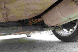 车身异响,排气管生锈