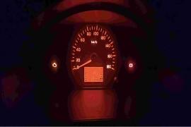 新车200公里发动机故障