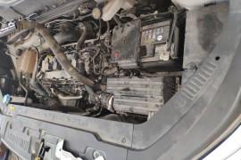 汽车半离合发动机异响,质量不合格