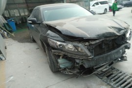 汽车撞的快报废了,安全气囊没有弹出来
