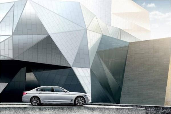 全新BMW 5系激情点燃不朽经典不畏新生