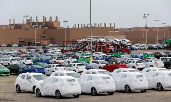 底特律3巨头北美产量将首次低于外资车企