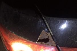 比亚迪G3的车身锈蚀厉害,车尾部从里面绣烂了个大洞