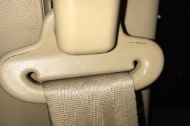 安全带塑料扣自然开裂