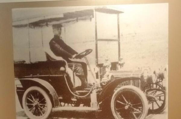 """""""一张铁皮""""背后的故事 早期的中国车牌竟是这样!"""