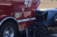 特斯拉Model S与消防车追尾 但无人员伤亡