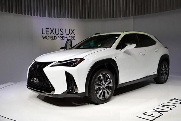 帅出新高度 解读雷克萨斯紧凑SUV—UX