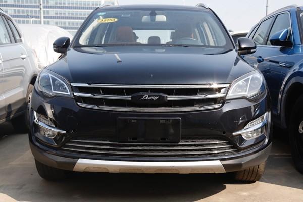 众泰新款大迈X5实车图曝光 将于4月上市