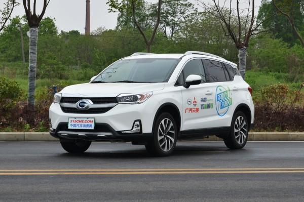 新能源车的保险费用高?钱都花在了哪些地方?