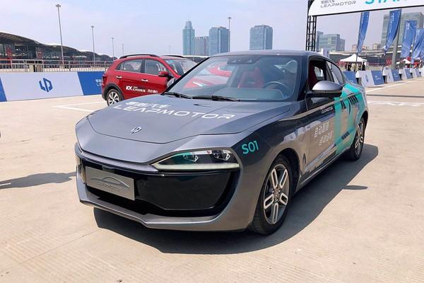 新奇!围观2018 CES Asia上的新能源车