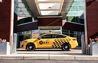 福特推出两款新型出租车:柴油和混合动力汽车