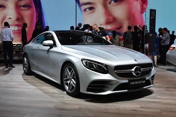新款奔驰S级轿跑车上市 售价124.38万