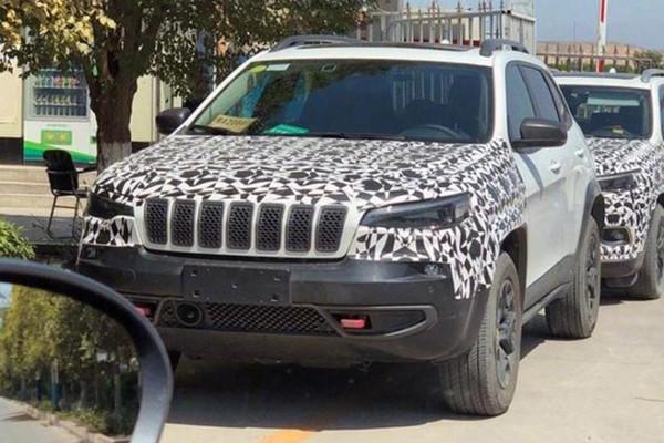 Jeep新款自由光国内谍照 或新增2.0T版