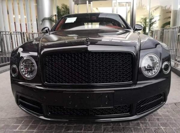 18款宾利慕尚加长版最豪华最贵的商务轿车手工打造