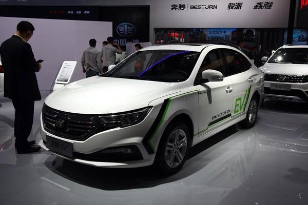 补贴前售17.38-18.38万 奔腾B30 EV上市