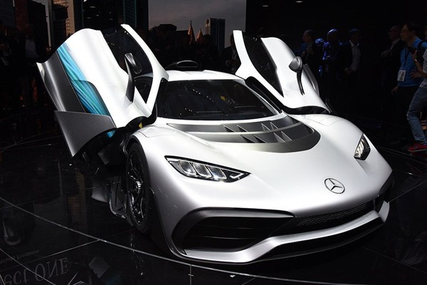 民用F1 梅賽德斯-AMG旗艦超跑定名ONE
