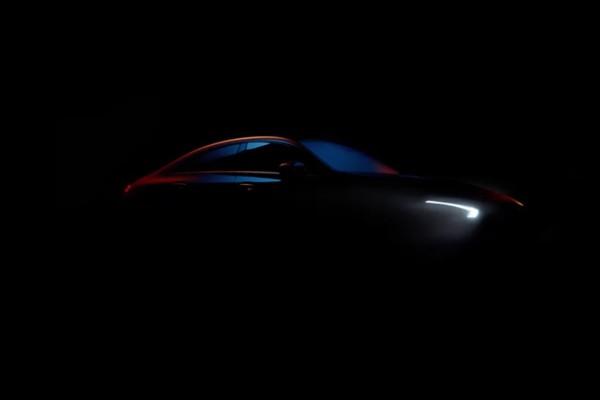 新一代奔驰CLA预告图曝光 今年1月首发