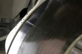 GLC200刹车异响巨大,刹车盘已经不规则磨损