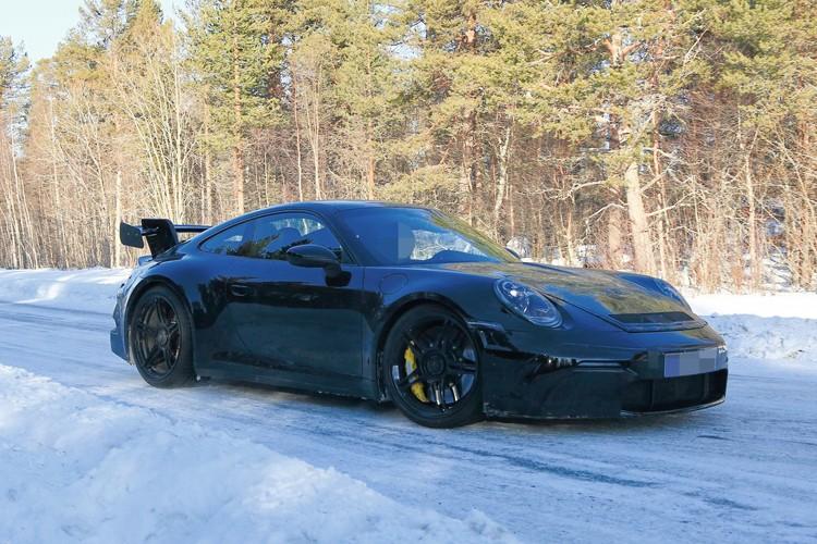 功率或超550匹 全新保时捷911 GT3谍照
