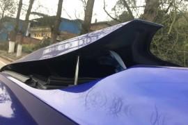 车辆无碰撞情况下发动机盖弹起,厂家拒绝保修