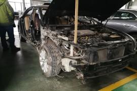 北京现代索纳塔八发生交通事故安全气囊未弹出