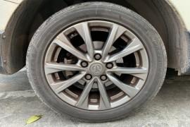 后轮胎吃胎