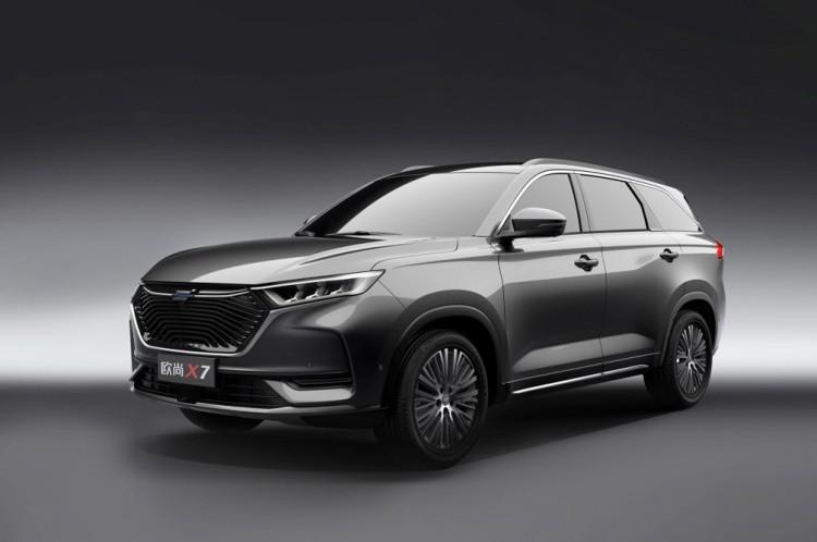 上海车展亮相 欧尚汽车发布全新SUV官图