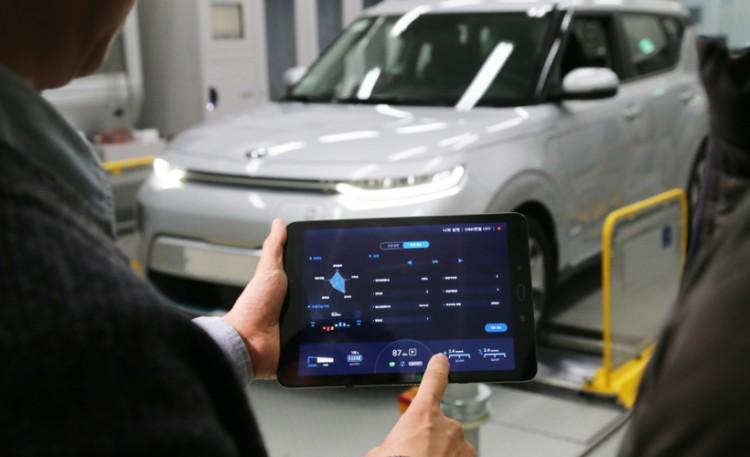 现代汽车推出电动汽车性能调整?#38469;?用户可通过手机自定义设置