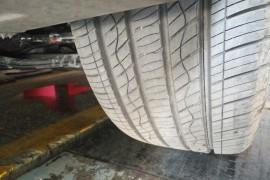 现代IX35买了一周,跑了383公里,轮胎中间有一圈裂痕。