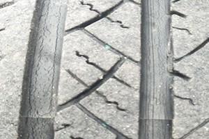 东风风光580新迪轮胎排水槽开裂