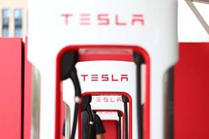 特斯拉开始薅羊毛 超级充电站开始涨价