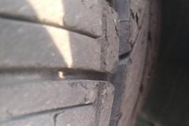 购买福特翼虎车轮胎爆皮严重