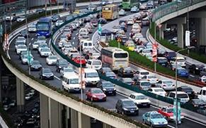 汽车销量峰值为4200万辆/年