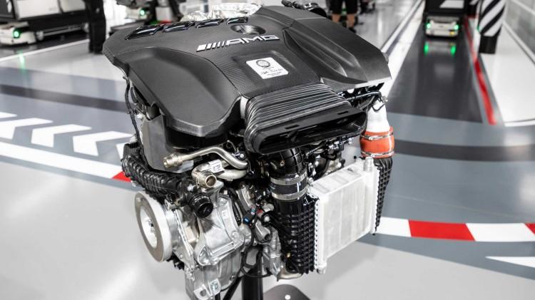 这台2.0T L4发动机被调到了惊人的381马力