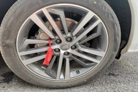 新买不到一个月轮胎鼓包投诉沈阳业乔龙业奥迪