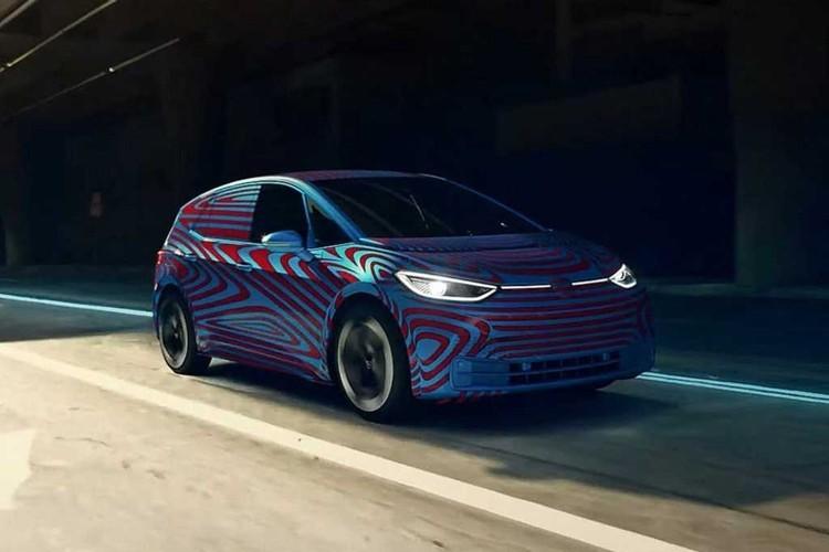启动百亿动力电池招标,大众称在华新能源汽车第一步是实现微利