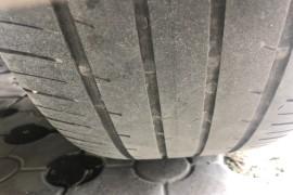 后轮异常磨损