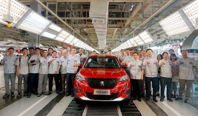 广州车展亮相 国产新一代标致2008下线