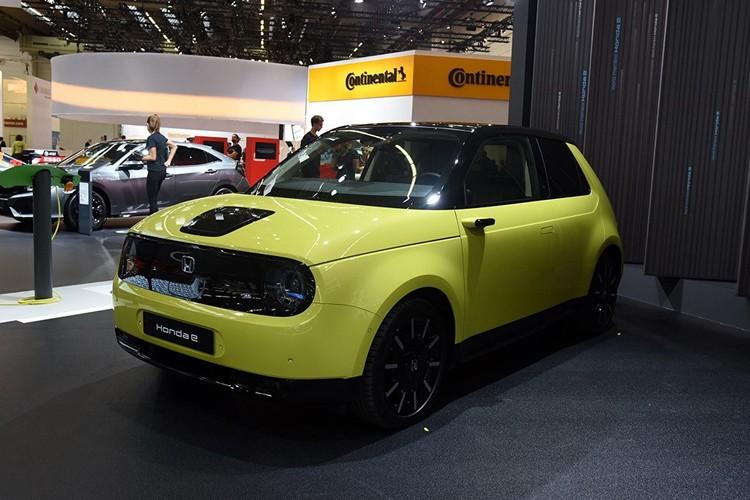 Q萌设计/电动后驱 本田Honda e量产车亮相