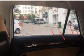 右后侧玻璃窗75速度有风往车里灌,伴随口哨声速度越快声音越大