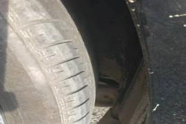 鞍山市广汽天合4S店由于车后轮数据不准导致吃胎轮胎磨损严重
