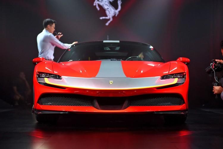 全新混动跑车 法拉利SF90 Stradale售398.80万元