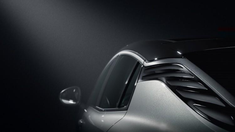其搭载的是沃尔沃Drive-E系列2.0TD高功率发动机