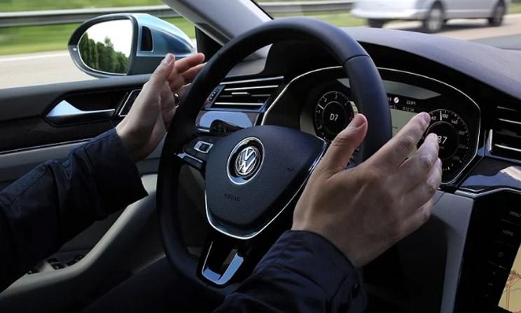 5年内商业化 大众自动驾驶系统进行路测