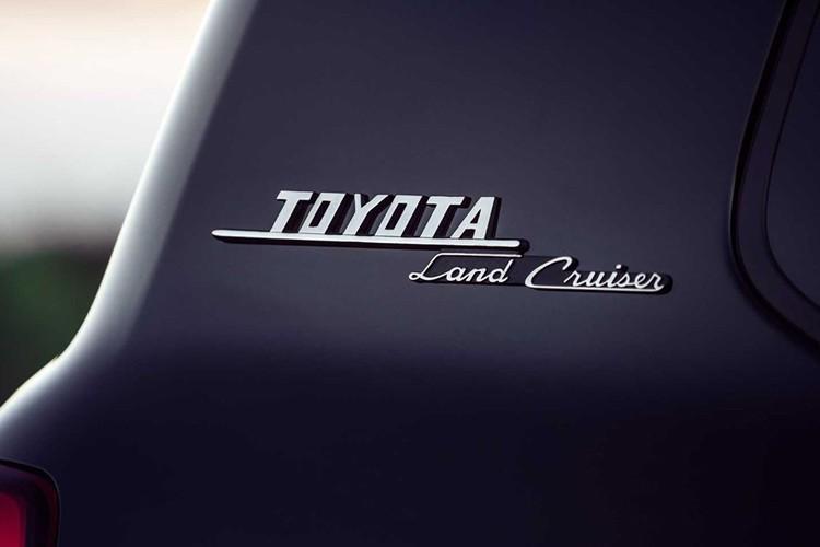 首次推出混动版 新一代丰田陆巡将今年8月首发