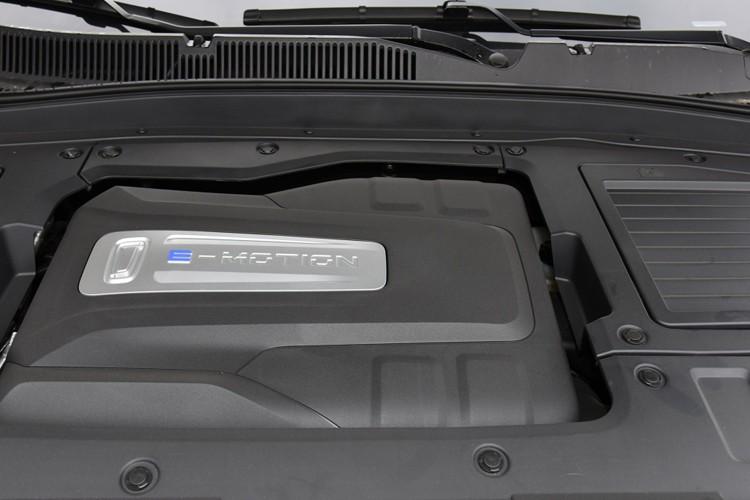 无数不多的小排量四缸机 奔腾TT3新增1.2T可选