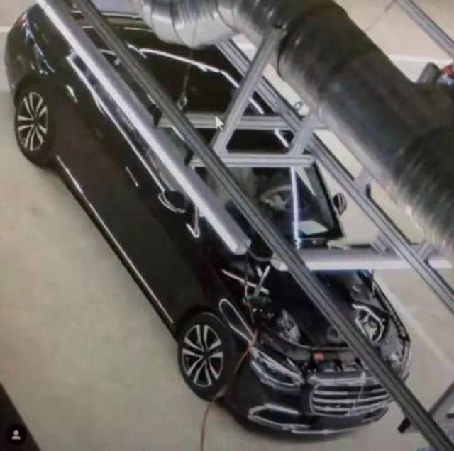 全新一代奔驰S级实车曝光 内外设计大变样