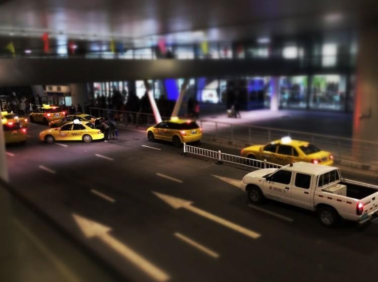 强化疫情防控 南京乘出租车须实名登记