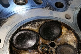 荣威发动机漏油